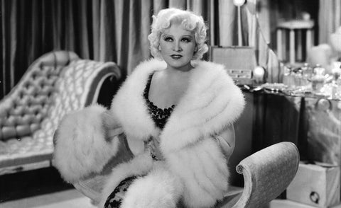 Bordelle Powerbitch #7 – Mae West