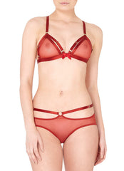 Show stopping and sultry, our fiery burnt red bondage-belle peep brief is designed to excite. The exposing peep is emphasised by the mini 24k gold plated rings and crossing back strap details contouring the back of the waist and connected to an adjustable elastic strap, ring and satin bow detail on the centre front.