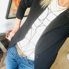 How to wear pinstriped suiting