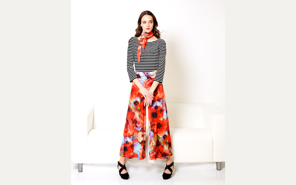 Morrison Trousers in vintage poppy and striped Saint-Malo Top