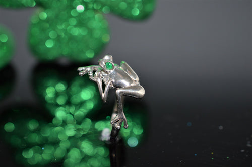 Sterling Silver and Emerald Frog Ring