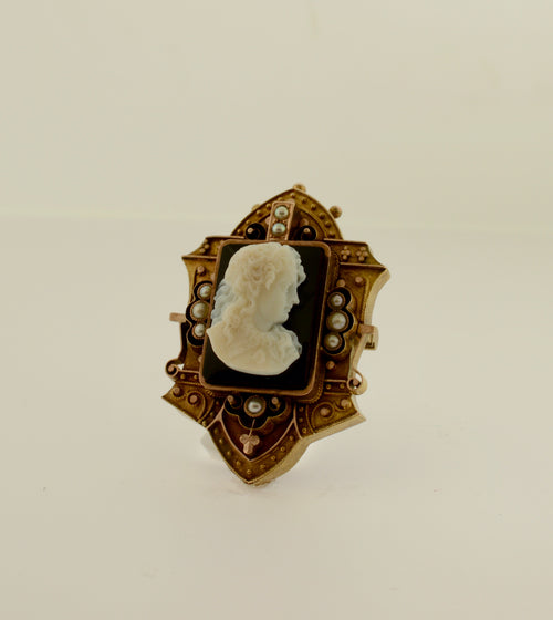 Antique Agate Cameo Gold Brooch/Pendant with Seed Pearls