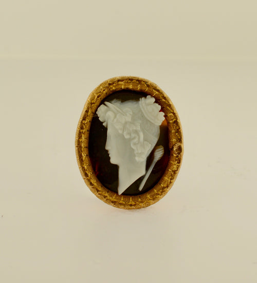 Antique Oval Agate Cameo Gold Brooch