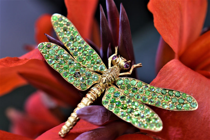 18K Yellow Gold Dragonfly Brooch