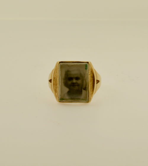 Vintage Men's Mourning Photo Gold Ring