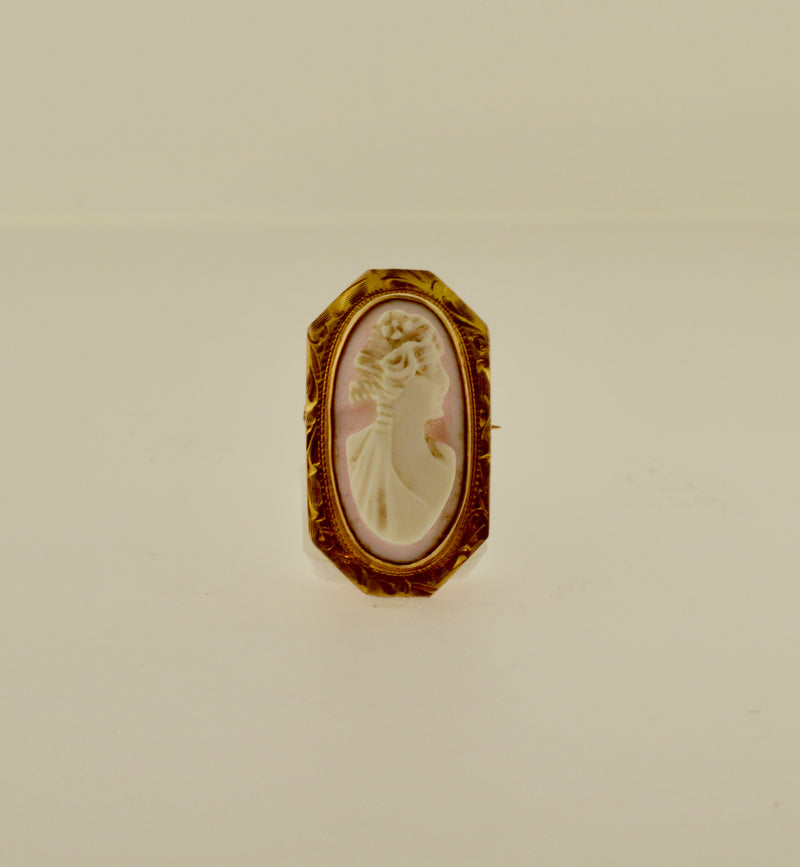 Antique Oval Shell Cameo Gold Brooch