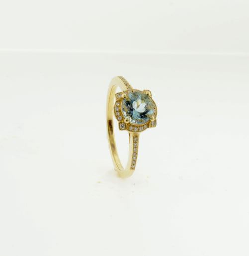 Yellow Gold Aquamarine and Diamond Ring