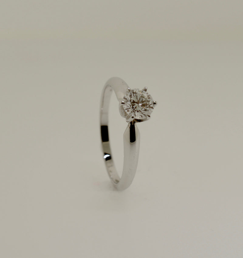 Solitaire Brilliant Cut Diamond White Gold Engagement Ring