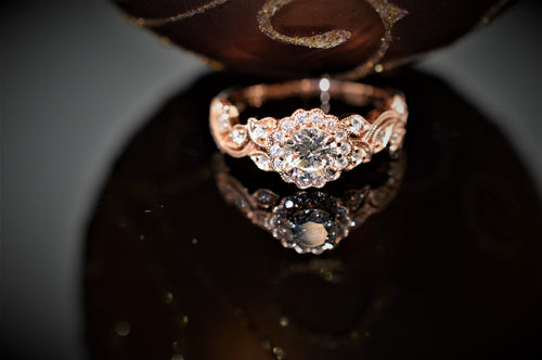 Nature Style Rose Gold Engagement Ring with Round Center Diamond