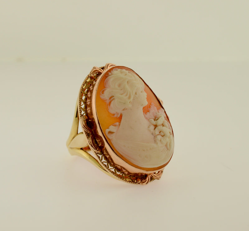 14k Shell Cameo Ring