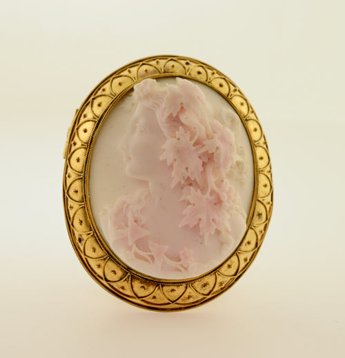 Cameo of Woman and Leaves Gold Brooch/Pendant