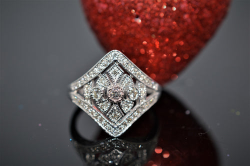 10K White Gold Diamond Fashion Ring