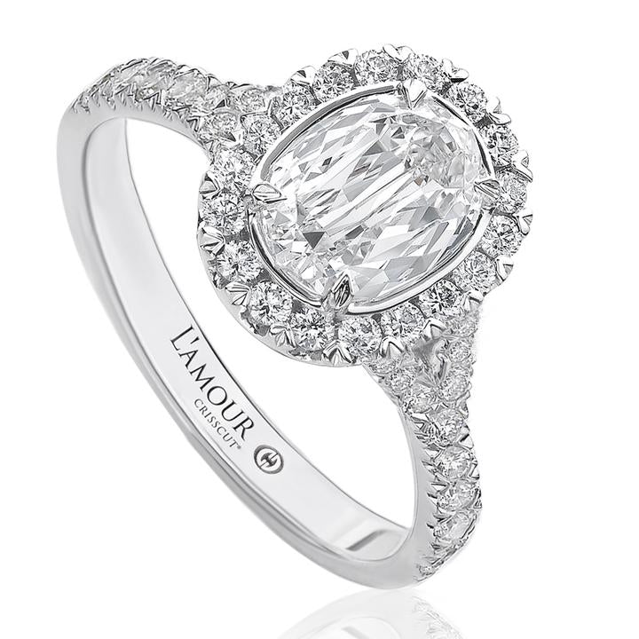 L'Amour Crisscut Oval 1.33 Carat Total Diamond Weight