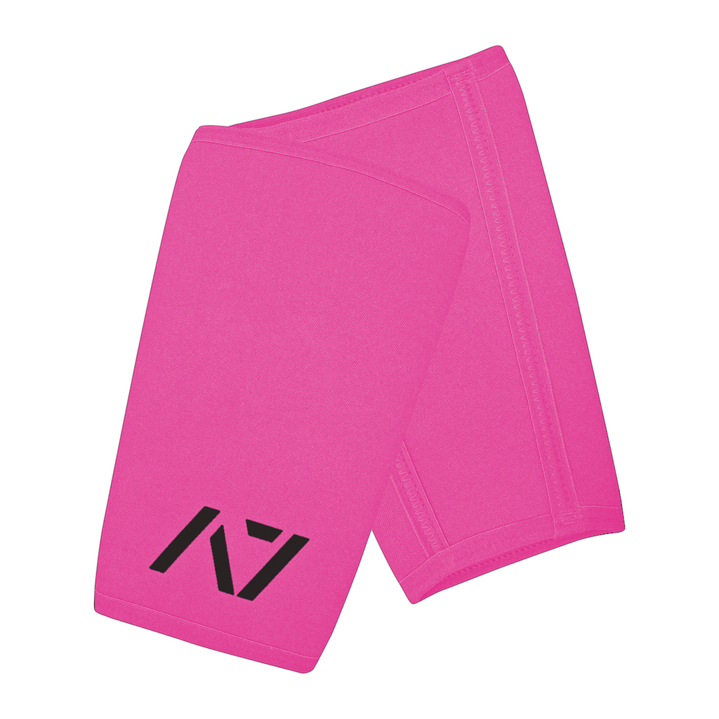 A7 IPF approved Pink CONE knee sleeves are structured with a downward cut panel on the back of the quad and calf to ensure ultimate compression at the knee joint. A7 CONE knee sleeves are IPF approved for use in all powerlifting competitions. A7 cone knee sleeves are made with high quality neoprene and the knee sleeves are sold as a pair. The double seem on the knee sleeves create a greater tension on the knee joint. Available in UK and Europe including France, Italy, Germany, Sweden and Poland