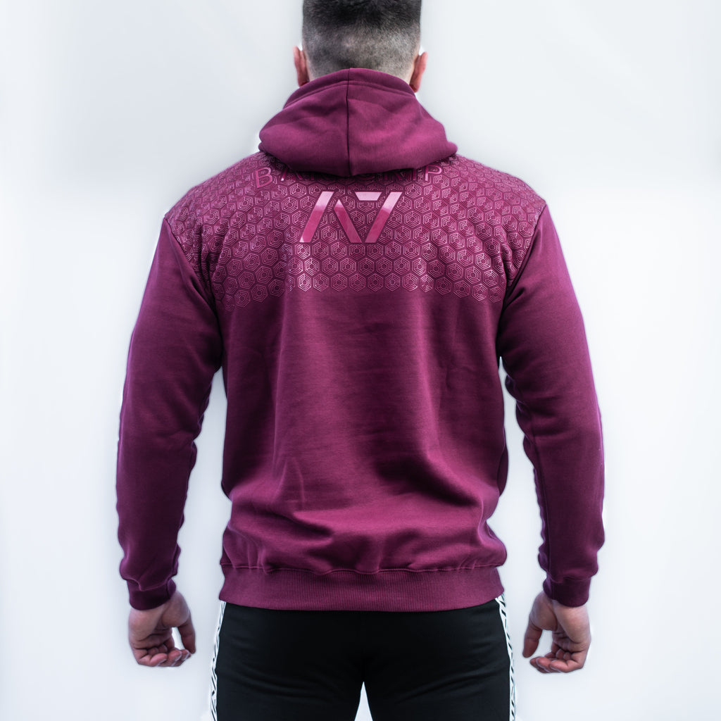 Radiate Bar Grip Hoodie features: Ultra soft cotton/polyester fleece blend, A7 Radiate design on the chest, Drawstrings with A7 tips, Double-lined hood, Kangaroo pocket, Relaxed fit, Bar Grip Premium. Bar Grip is a performance shirt with a patent-pending silicone grip that is designed to help with slippery benches and bars. The best Powerlifting apparel and clothes for all your workouts. Best Bar Grip Tshirts, shipping to UK and Europe from A7 UK.