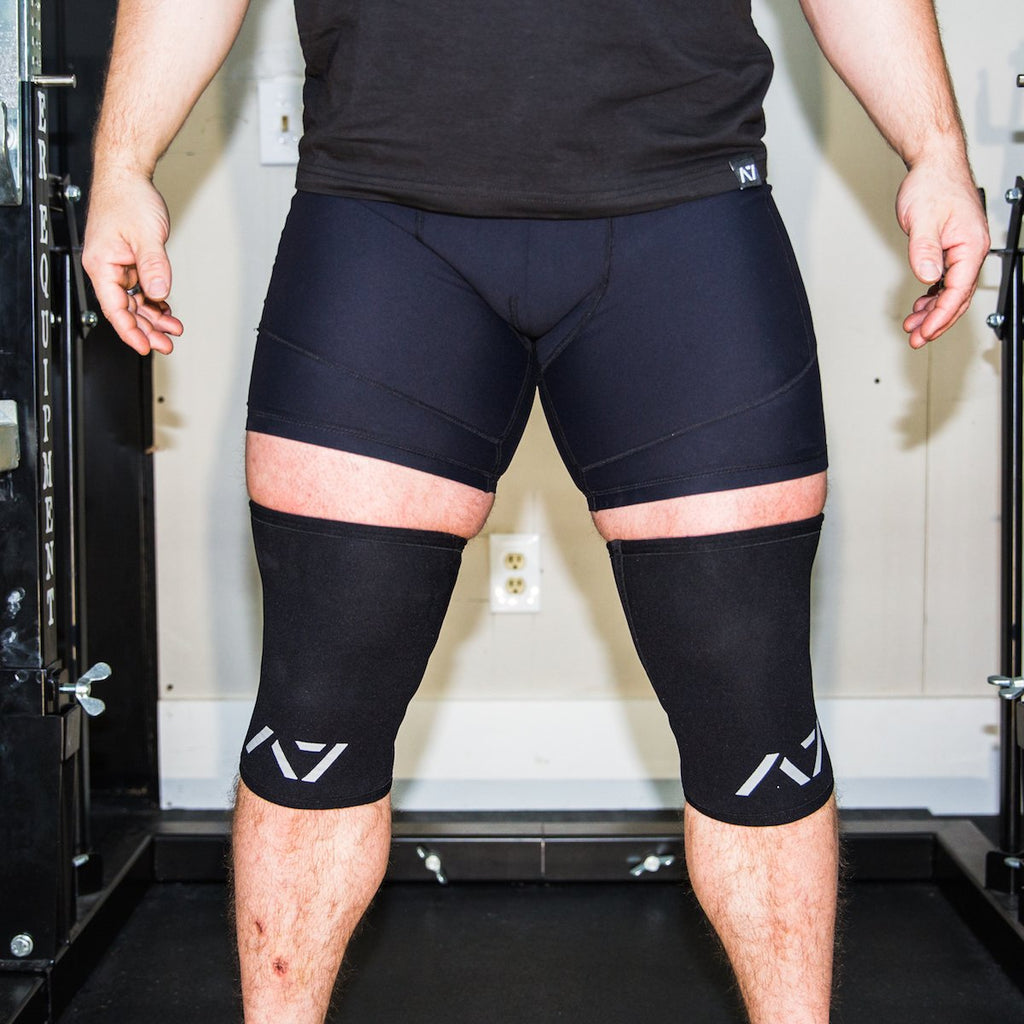 A7 Military CONE knee sleeves are structured with a downward cut panel on the back of the quad and calf to ensure these have the ultimate compression at the knee joint. A7 CONE knee sleeves are IPF approved for use in all powerlifting competitions.