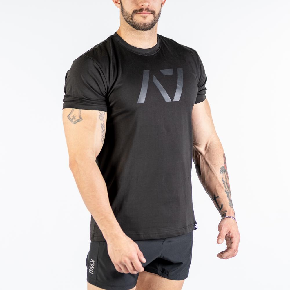 Stealth Bar Grip T-shirt, great as a squat shirt. Purchase Stealth Bar Grip tshirt UK from A7 UK. Purchase Stealth Bar Grip Shirt Europe from A7 UK. No more chalk and no more sliding. Best Bar Grip Tshirts, shipping to UK and Europe from A7 UK. Stealth is our classic black on black shirt design! The best Powerlifting apparel for all your workouts. Available in UK and Europe including France, Italy, Germany, Sweden and Poland