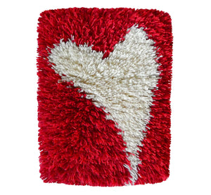 "Handwoven wool-linen wall hanging rug, white heart figure on red base, 20 x 30 cm, 7,87 x 11,8""."
