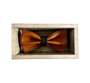 Unique reindeer leather brown bow tie in stylish handmade light wood gift box made in Finland Scandinavia, rectangle width 15, height 5 cm