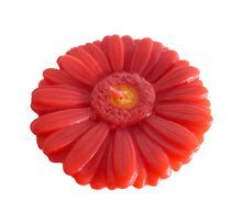 Load image into Gallery viewer, Red gerbera shaped ornamental flower candle, artisan handmade, height 6 cm 2.36 inch, diameter 10 cm 3.94 inch, burn time 20h.