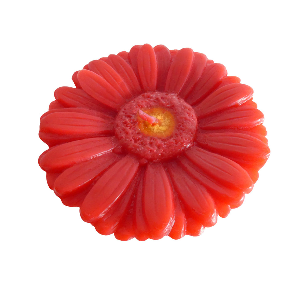 Red gerbera shaped ornamental flower candle, artisan handmade, height 6 cm 2.36 inch, diameter 10 cm 3.94 inch, burn time 20h.