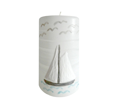 "Hand painted ornamental candle sail boat, height 12 cm 4.72"", diameter 7 cm 2.76"", burn time 50 hours."