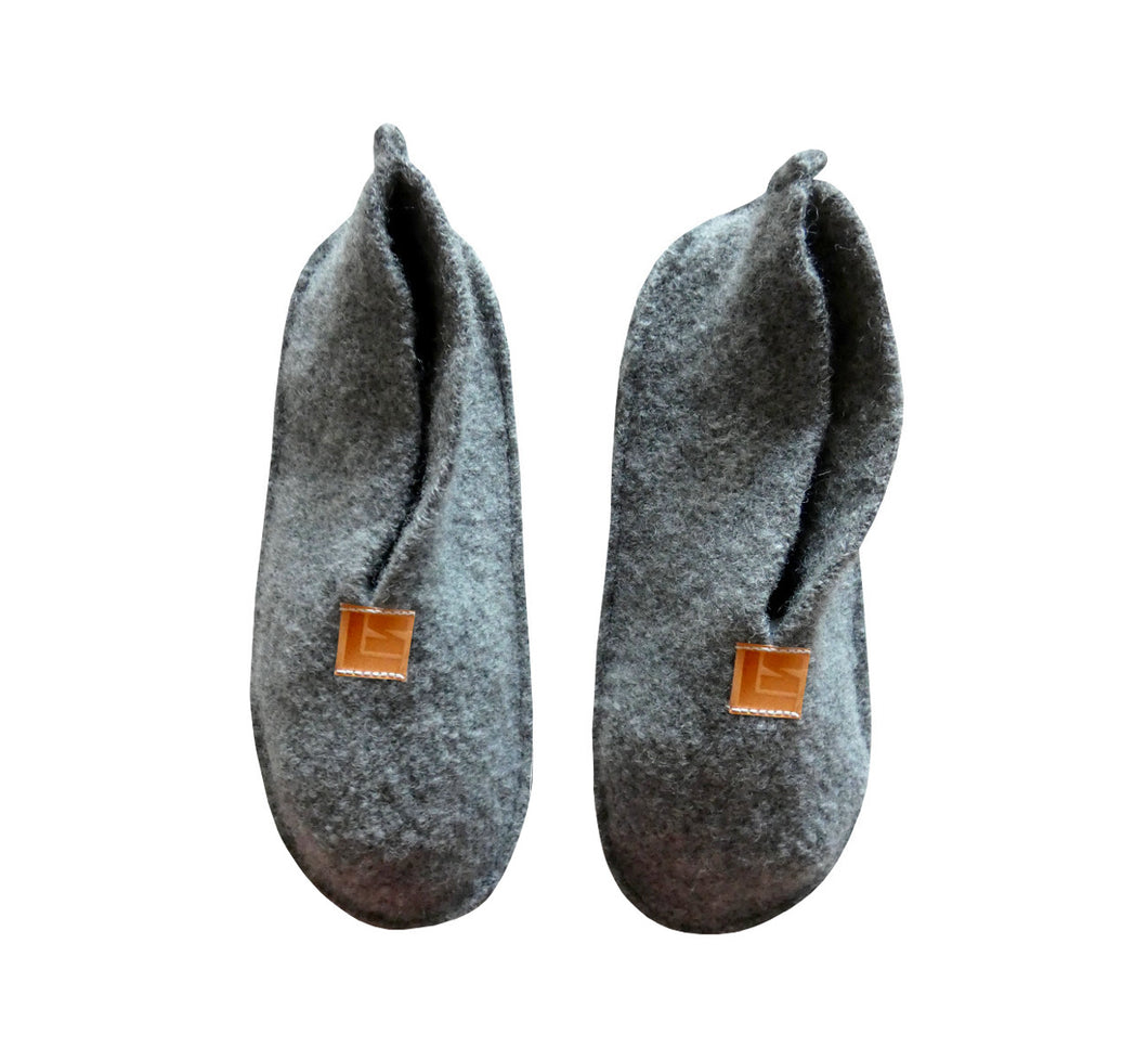 Warm, comfortable and cozy gray slippers, home shoes handmade of felted wool, Nordic reindeer leather sole.