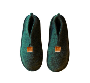 Warm, comfortable and cozy green slippers, home shoes handmade of felted wool, Nordic reindeer leather sole.