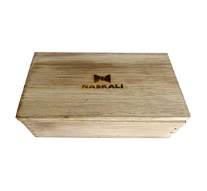 Stylish handmade light wood gift box made in Finland Scandinavia, rectangle width 15, height 5, depth 8.5 cm, removable cover