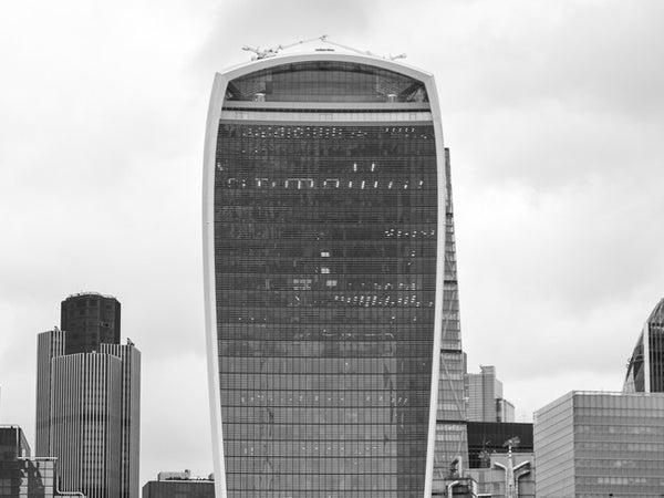 Funny events in history - Walkie Talkie building melting cars