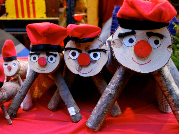 Funny Christmas Traditions - Tio de Nadal