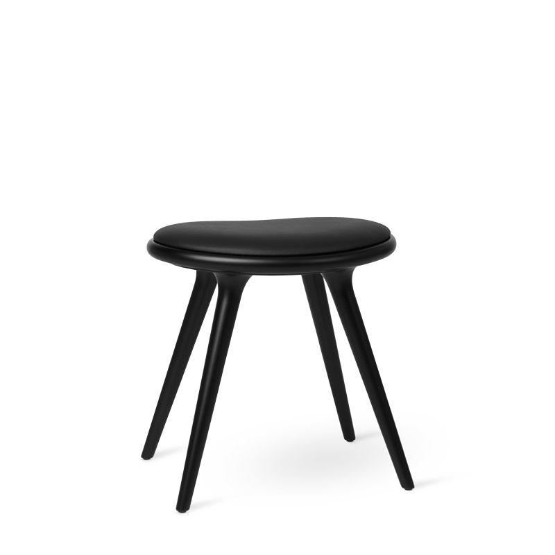 Køb Mater Design Low Stool - Sort lak. bøg - CasaCasino