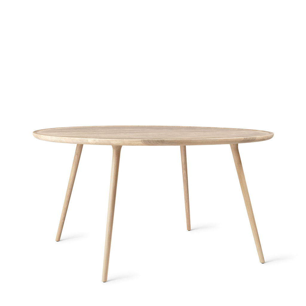 Mater Design Accent Dining table - Lak. eg Ø140 cm