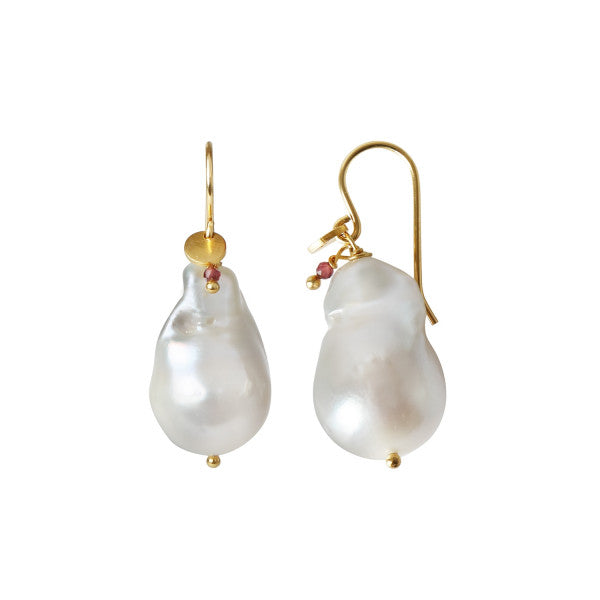 Stina A Baroque Pearl Earring with Gemstone