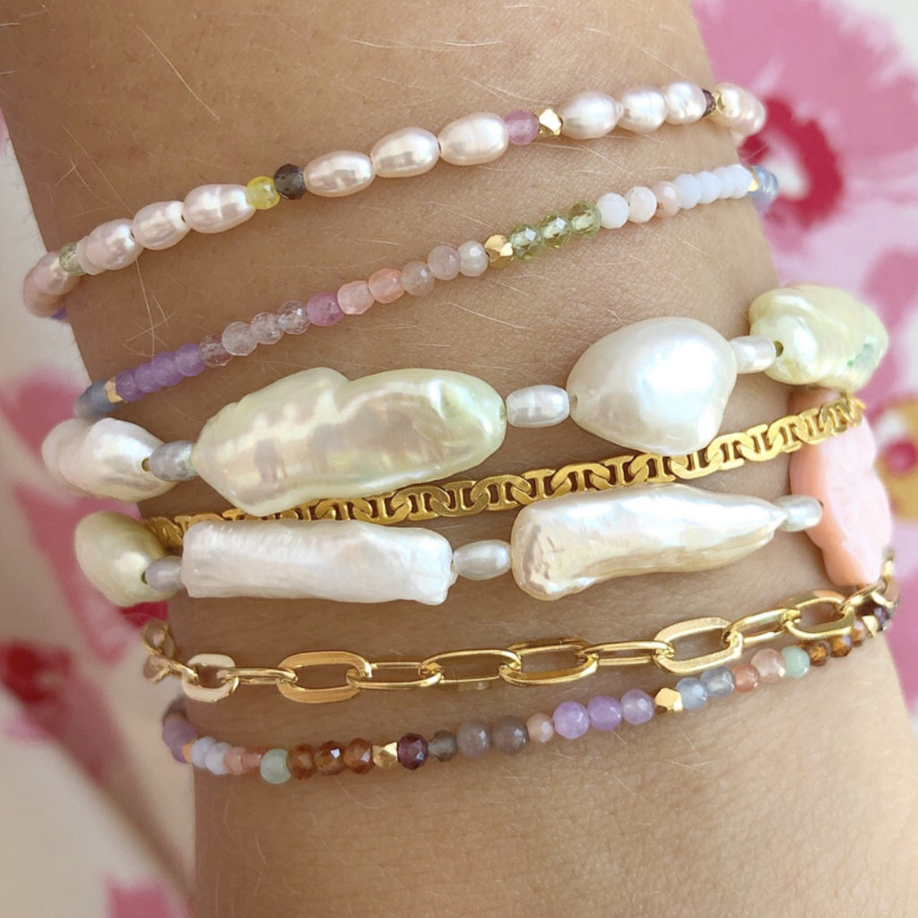 Stine A, Big Bracelets Gold and Pearl