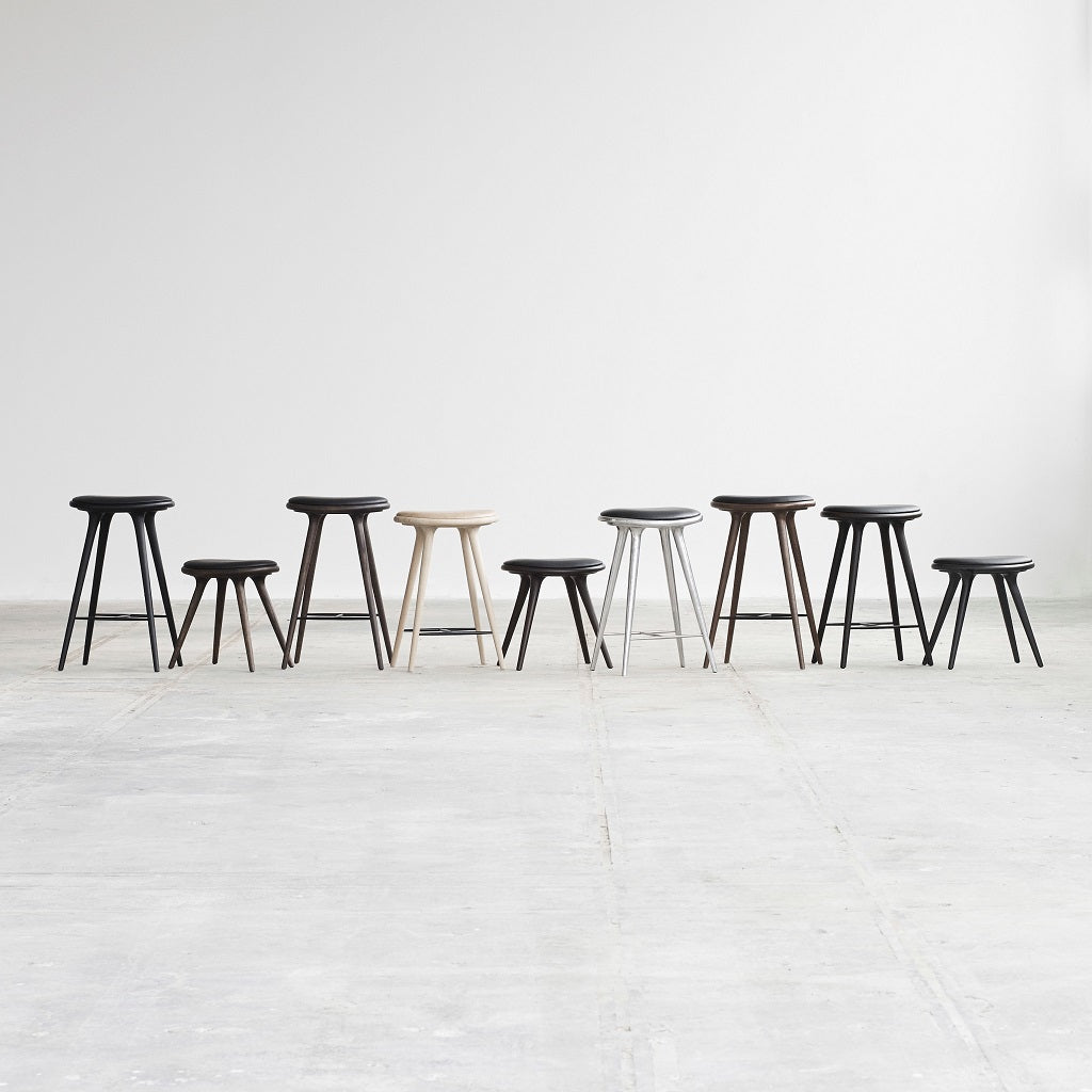 Mater Design Low Stool - Sort lak. bøg