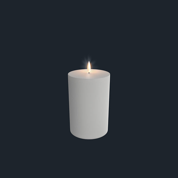 Uyuni Lightning Pillar Candle 101 x 180 mm