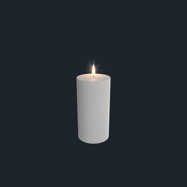 Uyuni Lightning Pillar Candle white 78 x 180 mm