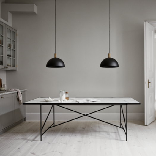 Handvärk Dinning Table L230 cm - Sort Stel/Sort Marmor
