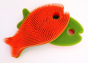 Mother Nature's Best Market New People Company Orange/Green Fish Squigee Cruelty-Free, Reusable/Recyclable