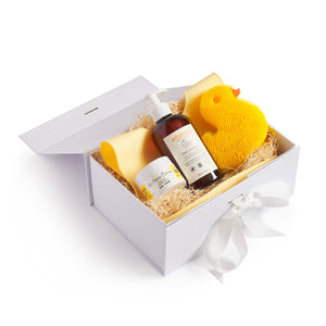 Mother Nature's Best Market Yellow Baby Gift Set