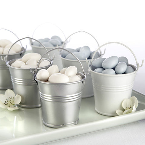 Tin wedding favour pails and gifts for your guests