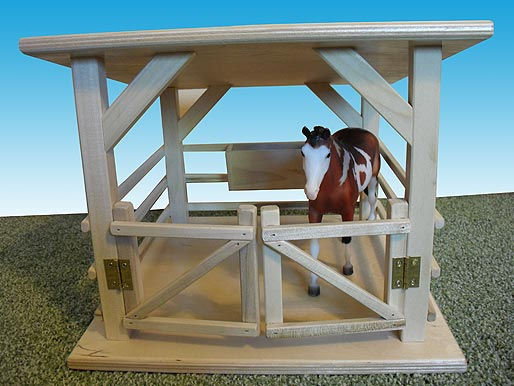 Traditional Horse Stable - Large