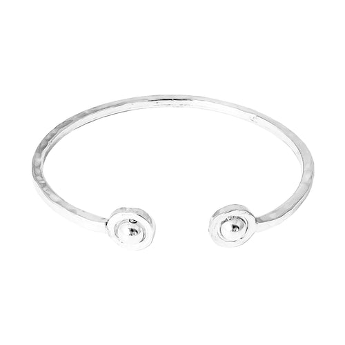 Rock Finders Keepers | Atticus Fine Double Feature Oval Hammered Bangle - Polished Silver Detail | VOULT.COM.AU