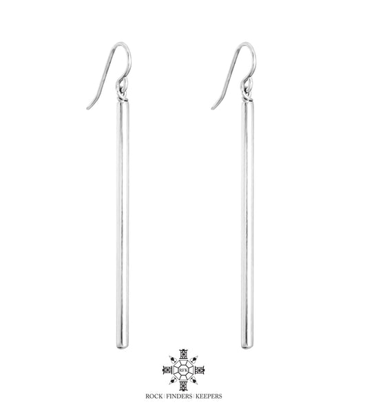 DAKOTA POLISHED BAR EARRINGS | STERLING SILVER