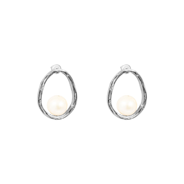 Rock Finders Keepers | Gia Stud Earrings | Silver With Pearl Detail | VOULT.COM.AU