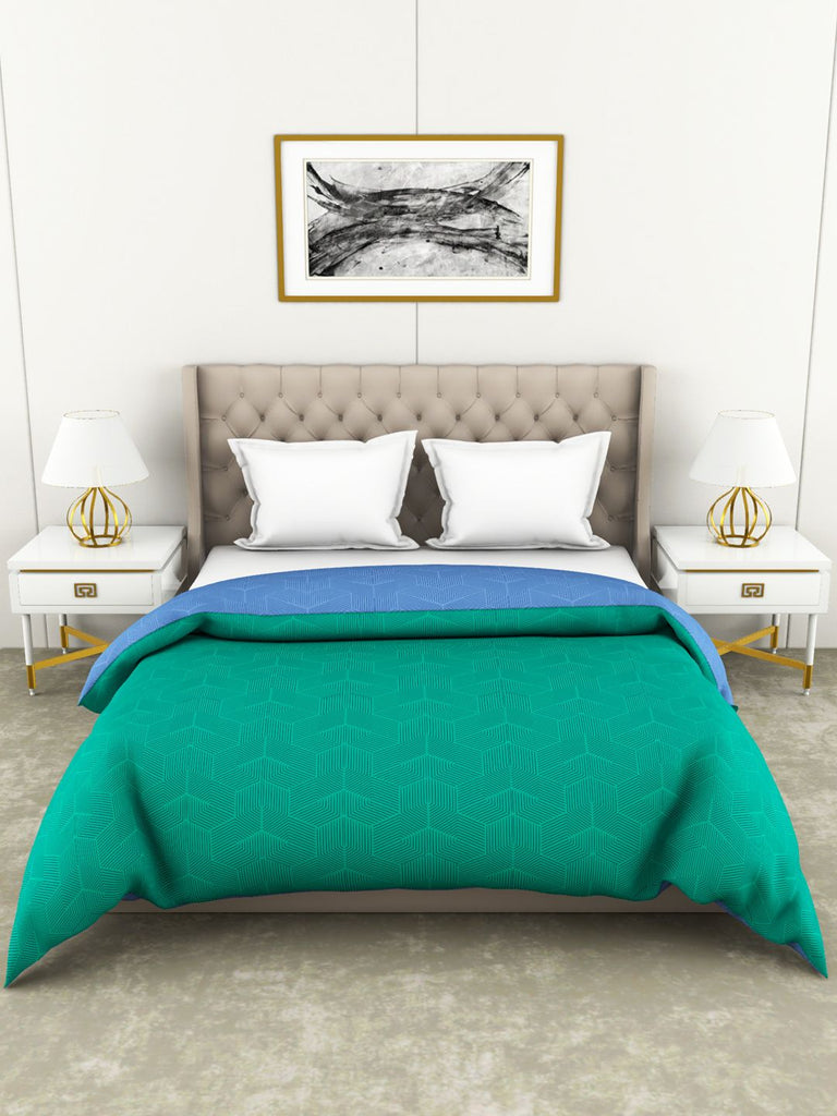 <SMALL><B><strong>BOTANICAL COTTON </B></strong></SMALL>100% Cotton All-Weather Ac Double Comforter [130Gsm Micro-Silk Filling & 210Tc Cotton Fabric] With Health Layer <small> (abstract-green/blue)</small>