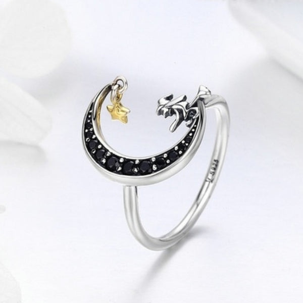 Classic Witch Silver Ring