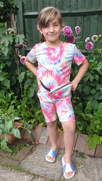 Girl's Bright Tie Dye T-shirt, Cycling shorts & Bum Bag Set
