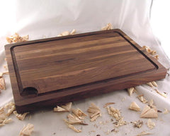 "20"" x 14"" x 1.5"" Large Walnut Cutting Board with Juice Groove"